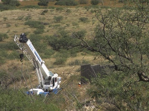 Border Fence Construction in Sonora
