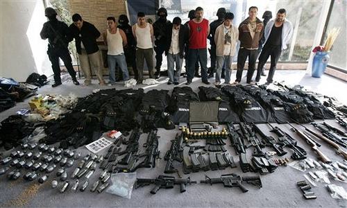 Mexican federal police arrest hitmen of the Sinaloa Drug Cartel