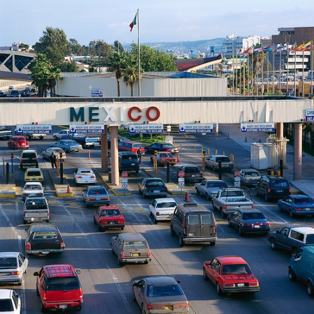 border-traffic