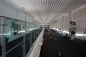 df airport by Traveling Otter