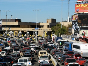 San Ysidro Border Crossing by Flickr user otzberg