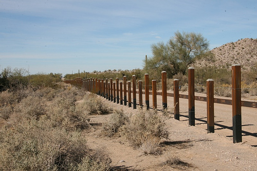 Illegal immigration to the United States