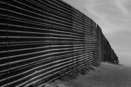 border_at_Tijuana Tomas Castelazo