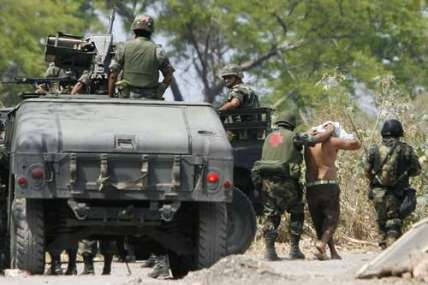 Army detentions Michoacan