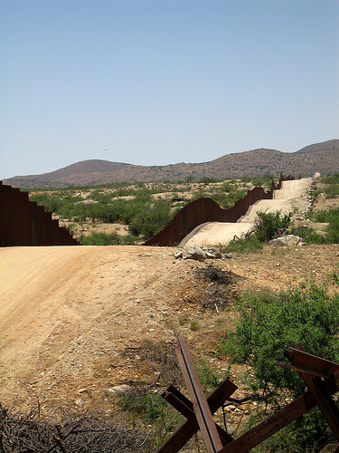 Border fence by couchlearner