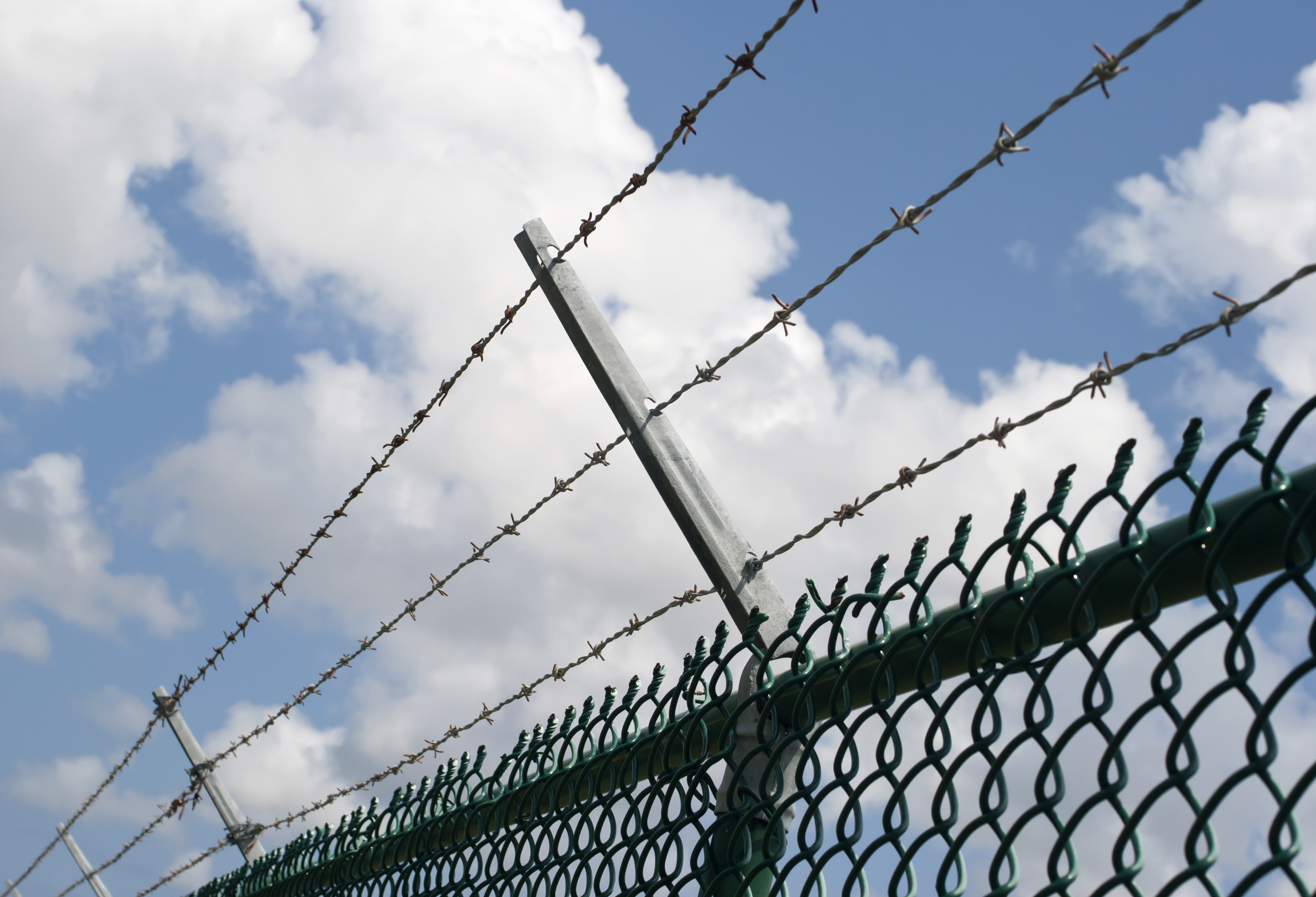 Cost Of Building A Barbed Wire Fence