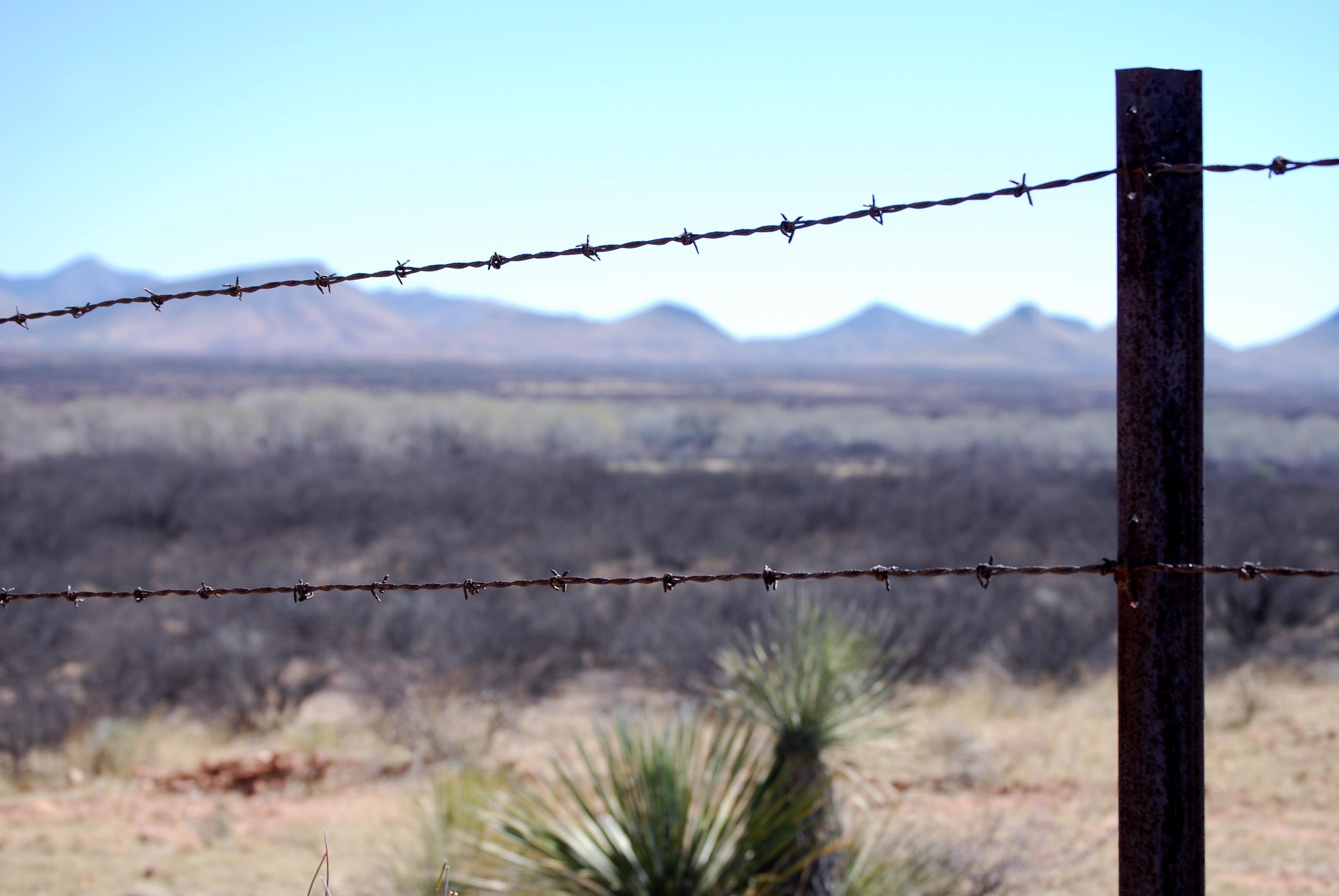fence at border