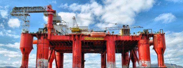 clouds-crane-drill-414936