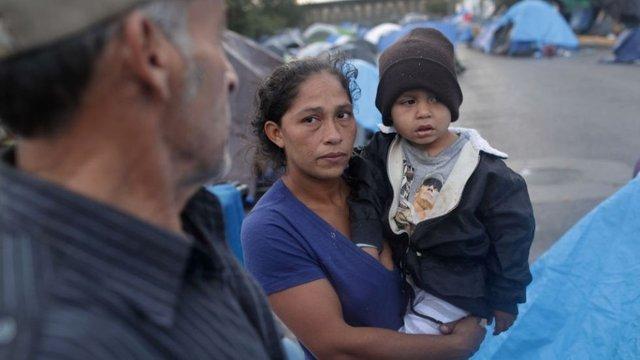 honduran_immigrants_tijuana_border_caravan_12292018getty