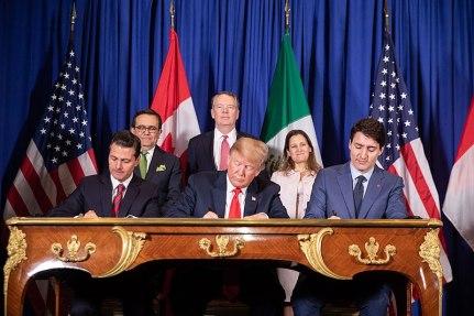 800px-President_Donald_J._Trump_at_the_G20_Summit_(44300765490).jpg
